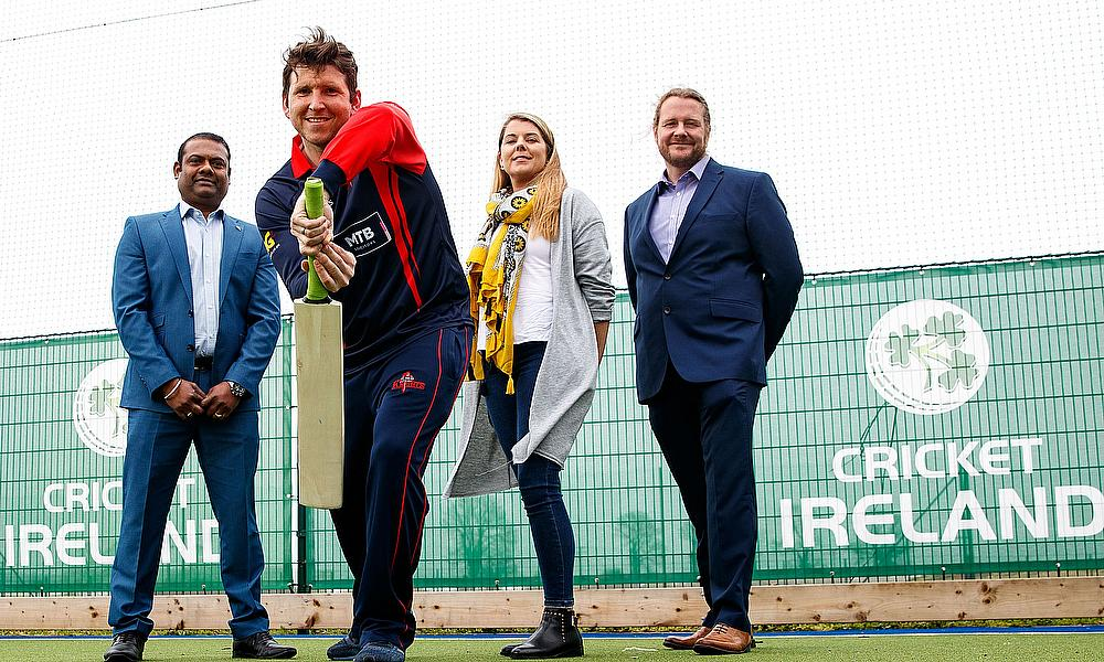 gary-wilson---northern-knights-captain-(with-praveen-madire,-gemma-arnold-and-brendan-oconnor-from-test-triangle)
